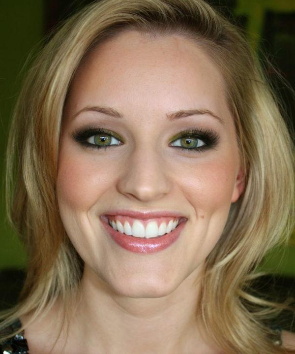 como-maquillar-ojos-verdes-resultado