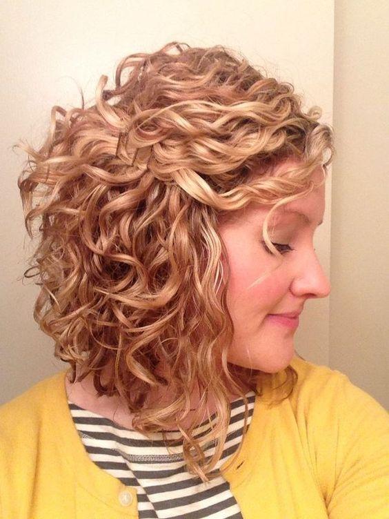 semirecogidos.cabello-rizado-media-melena