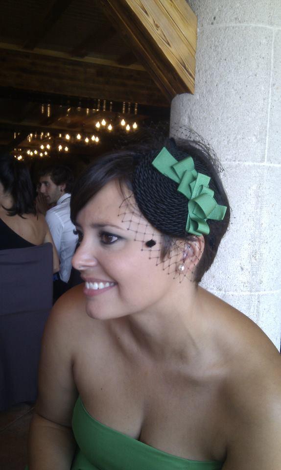 tocados-para-pelo-corto-invitada-verde