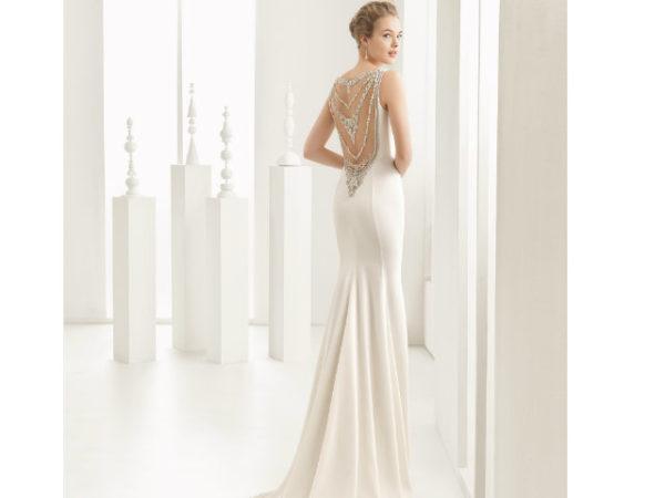Vestidos de novia corte sirena y espalda descubierta