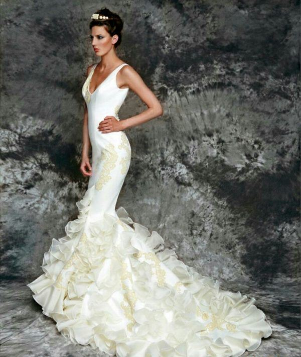 a5d8bc9df Vestidos de novia flamencos Primavera Verano 2019 - ModaEllas.com