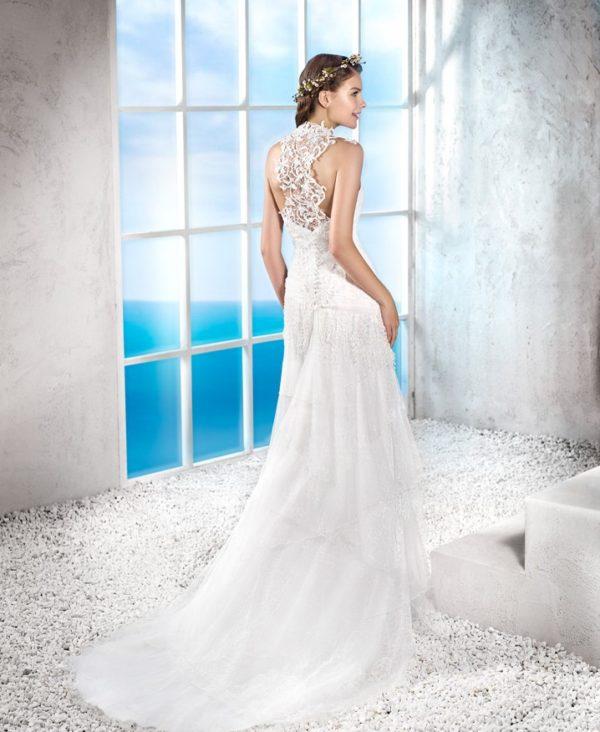 vestidos-de-novia-ibicencos-espalda-encaje
