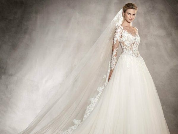 19f4a60f Vestidos de novia manga larga Primavera Verano 2019 - ModaEllas.com
