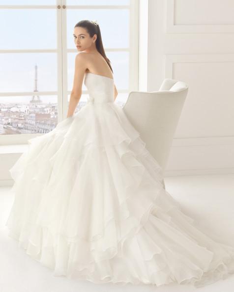 vestidos-de-novia-rosa-clara-espuma