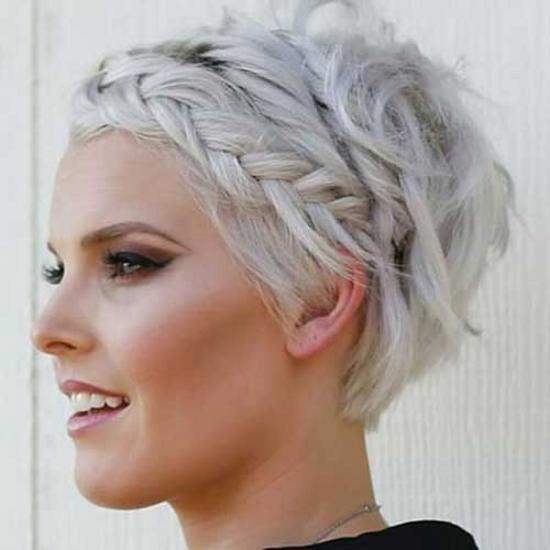 peinados-con-trenzas-pelo-corto-cabello-muy-corto-rubio-platino