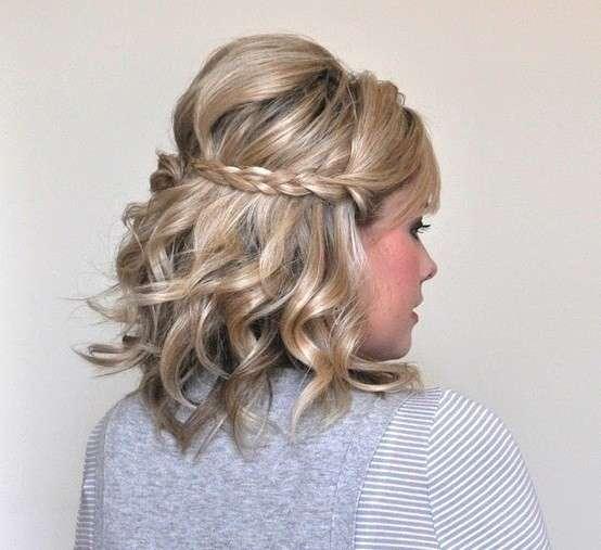 peinados-con-trenzas-semirecogido-tupe