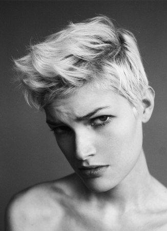 peinados-de-mujer-pelo-corto-spiky-tupe