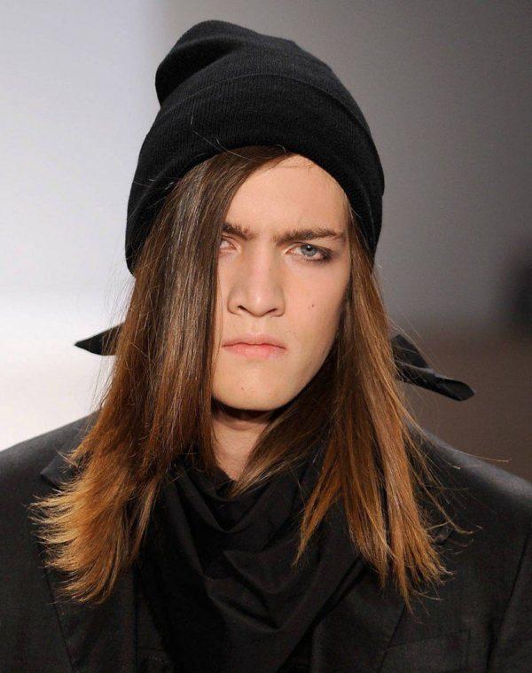 peinados-hombre-largo-liso