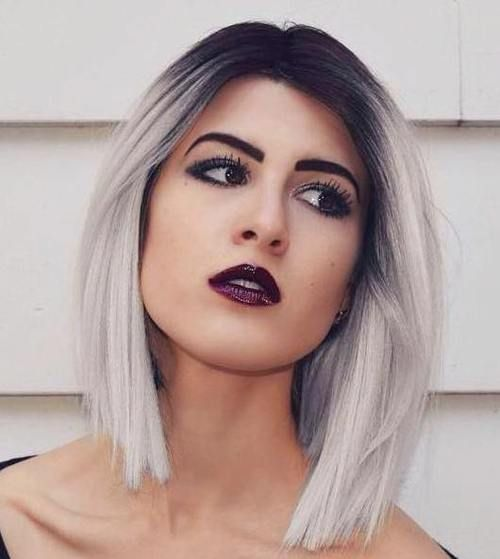 rubio-ceniza-claro-labios-negros