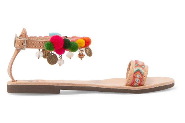 sandalias-con-pompones-colores-monedas