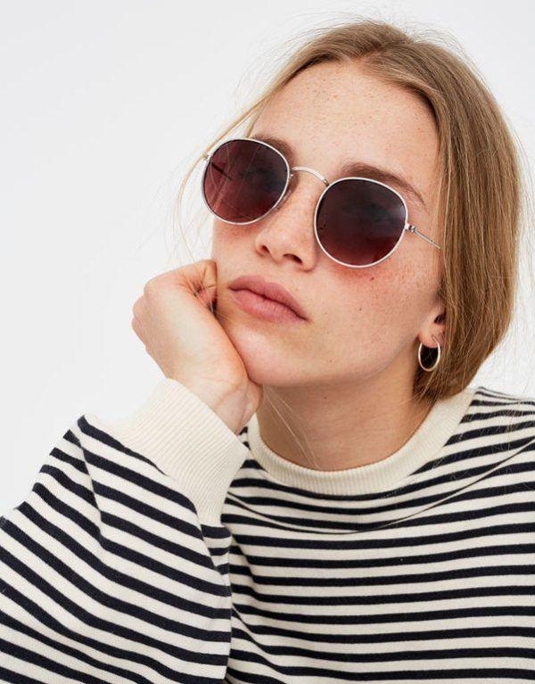 da2819ce3a Además, vamos a ver como la evolución en gafas de sol para 2019 se mueve  hacia los estilos y diseños futuristas, combinadas con gafas de sol que  tengan ...