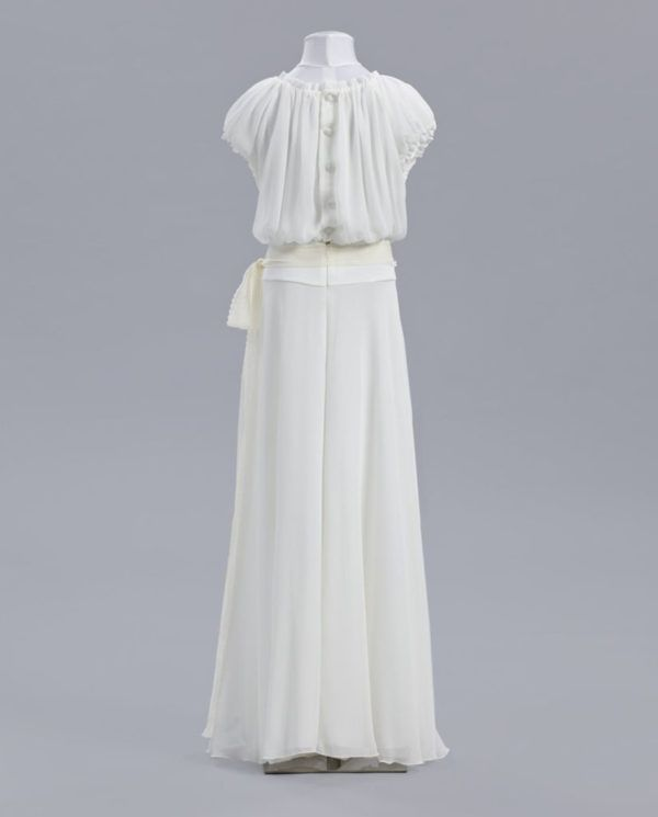 vestidos-de-comunion-el-corte-ingles-crisantemo-espalda