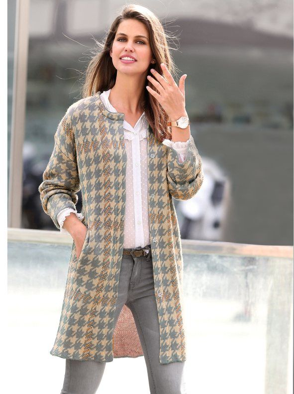 Catálogo-Venca-Otoño-Invierno-2016-2017-abrigo-tricot-de-mujer-diseno-jacquard-pata-de-gallo-pata-de-gallo