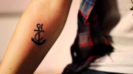 Los Mejores Tatuajes Pequeños para Mujeres y Su Significado