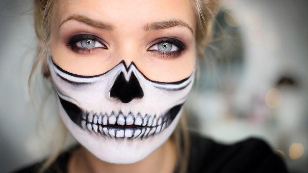 maquillaje de media calavera