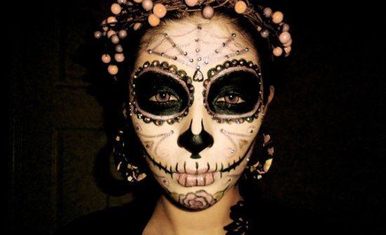 maquillaje-halloween-calavera-maquillaje-calavera-mexicana-llena-de-detalles