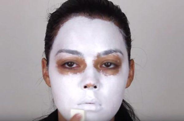 Makeup-halloween-skeleton-step-1