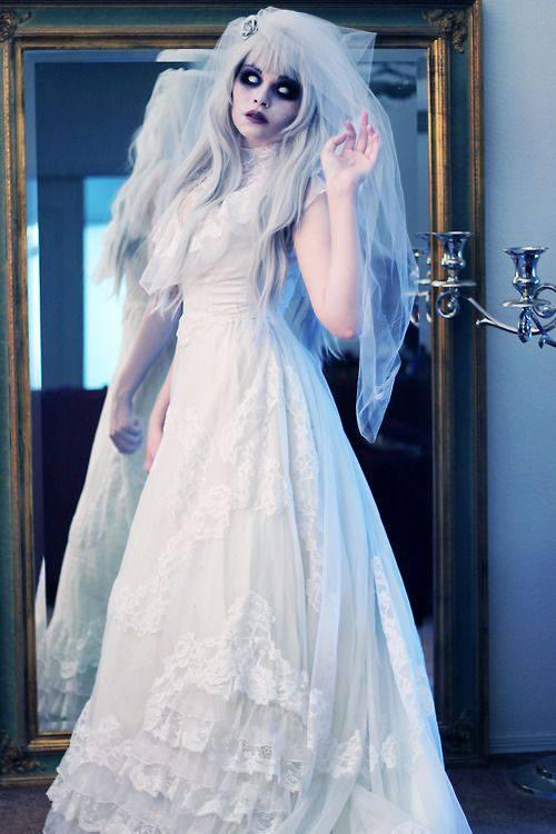 maquillaje-halloween-novia-cadaver-como-es-el-disfraz