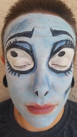 maquillaje-halloween-novia-cadaver-paso-a-paso-creamos-los-ojos