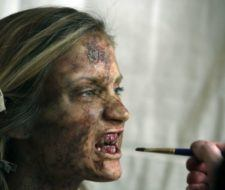 Halloween zombie makeup: can you look like the living dead?