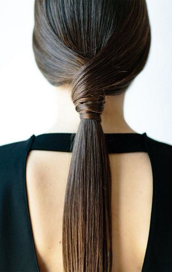 semirecogidos-facilmente-una-misma-coleta-peinado-semirecogido