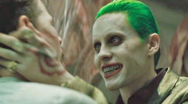 disfraz-del-joker-en-escuadron-suicida-colores
