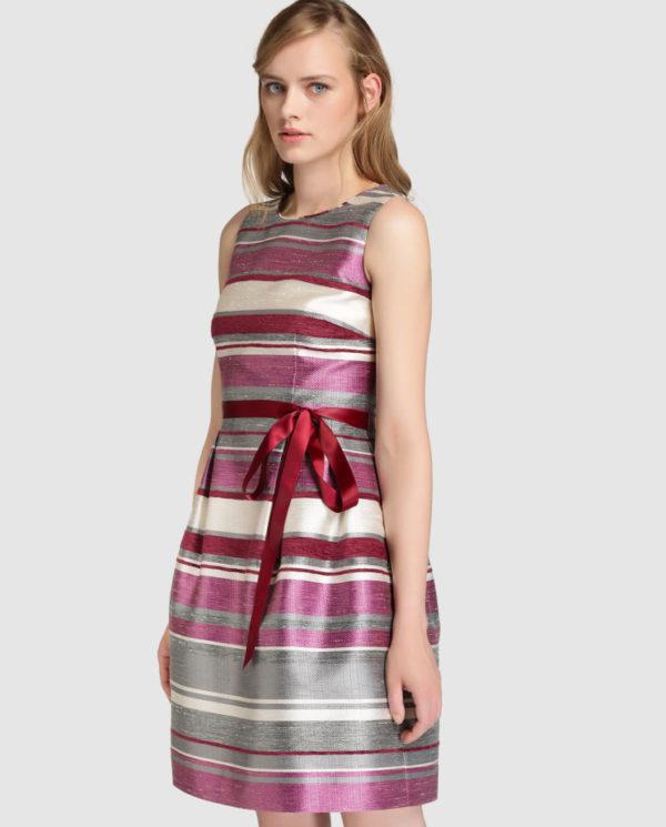 vestidos-de-comunion-para-madres-estampado-rayas-rosas