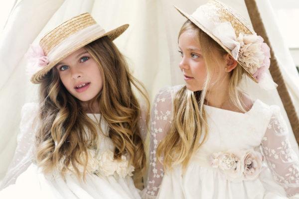vestidos-de-comunion-rosaa-clara-sombreros-rafia