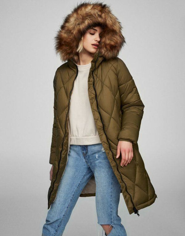 Abrigo verde pull and bear