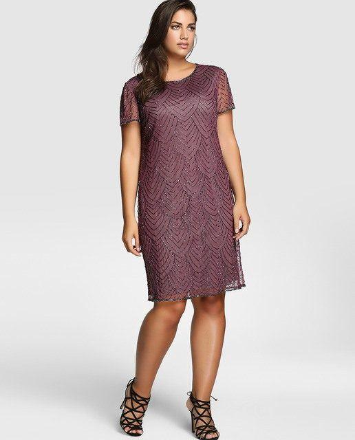 a6e71cc92 Entre los vestidos de fiesta de talla grande y que sea además corto o midi