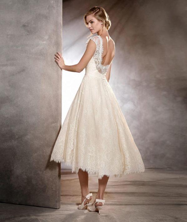 gran venta de liquidación muy elogiado calidad El catálogo de vestidos de Pronovias 2019 - ModaEllas.com