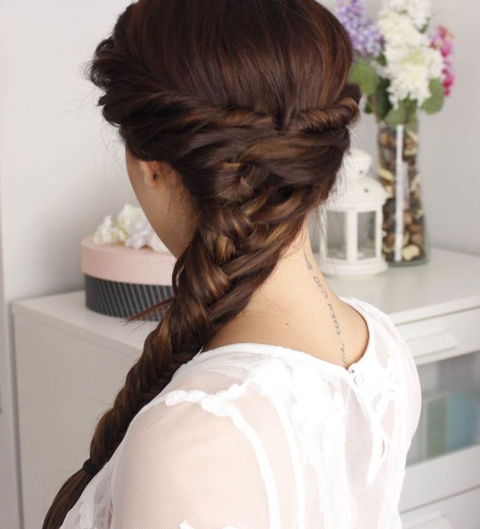 Hairstyles-for-san-valentin-braids-extended