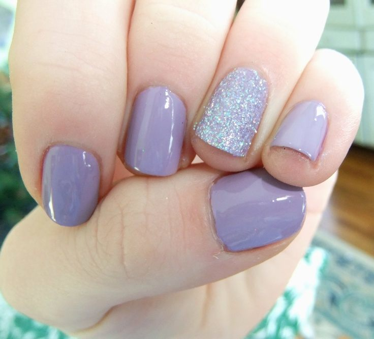 Decorated Nails in Vintage Style