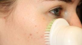 Cepillo facial | Qué es, cuál elegir y cómo utilizarlo