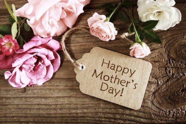 tarjetas-con-flores-para-felicitar-dia-de-la-madre