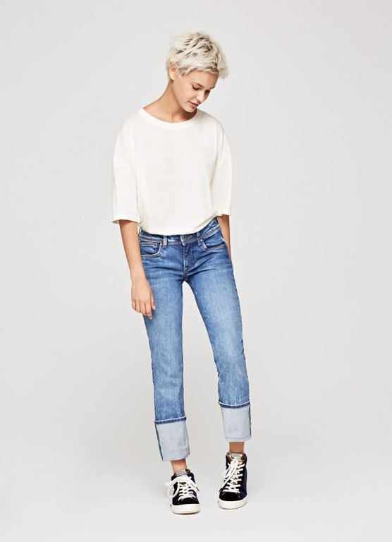catalogo-pepe-jeans-para-mujer-jeans-saturn