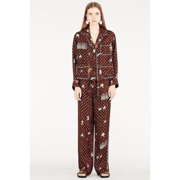 06a2d70ac Un estilo de pantalón moderno que además Louis Vuitton parece haber hecho  propio.