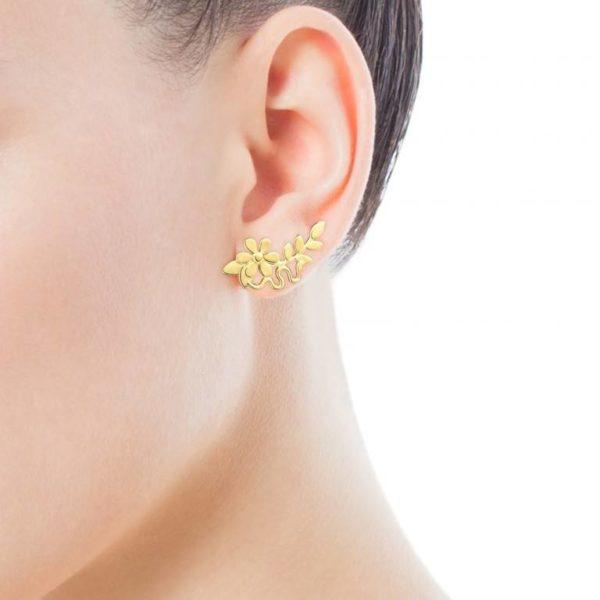 0451c9fe7c42 O podemos elegir también los pendientes Real Mix Leaf que tienen un diseño  dorado que al llevarlos nos ocupan hasta caso la mitad de la oreja.