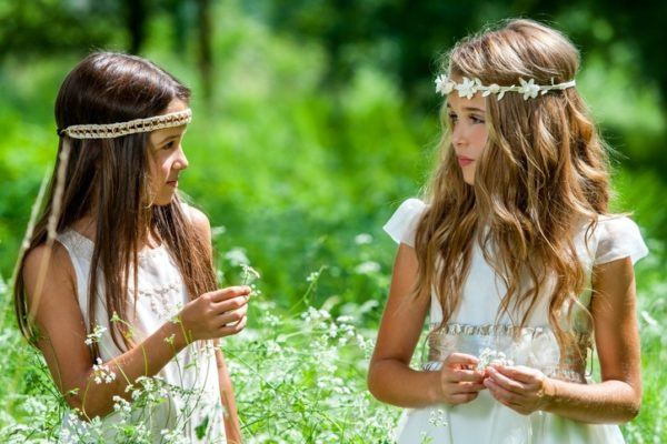 Peinados comunion 2018 diademas hippies
