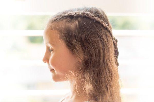 Peinados comunion 2018 trenzas de lado