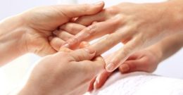 Cómo quitar uñas de gel en casa: Formas