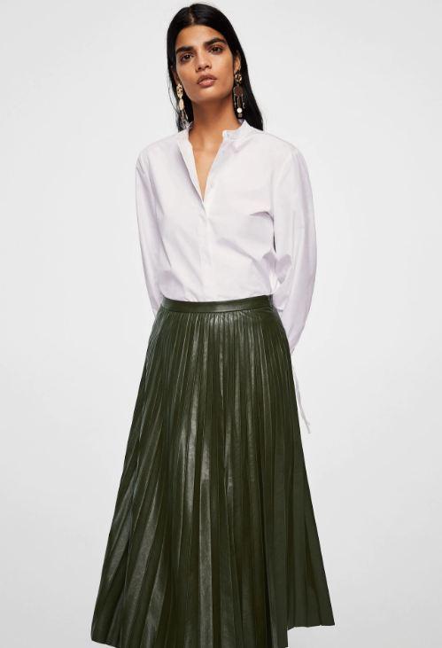 79d354943 Faldas plisadas  cómo llevarlas este Primavera Verano 2019