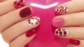 Decorated nails for Valentine's Day 2018