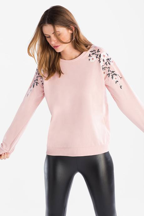 catalogo-cya-para-mujer-sudadera-yessica-flores-estampadas-rosa