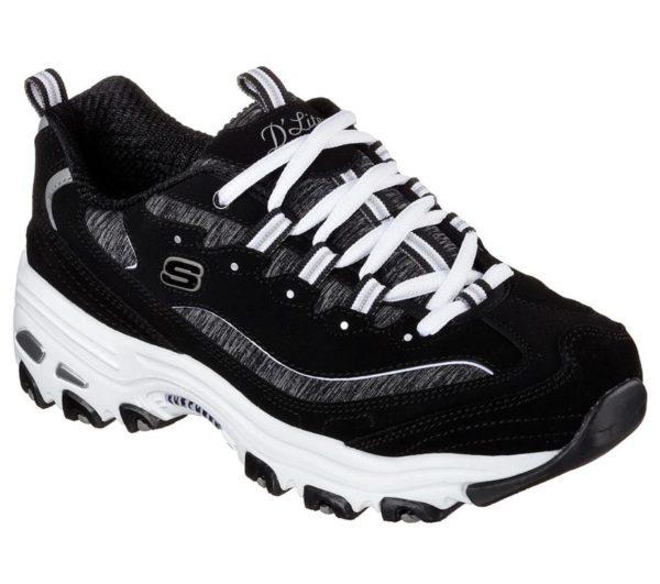 """f5e32d1397e40 Un modelo que puedes comprar en distintos colores y que destaca sobre todo  por su suela de serraje. Una zapatilla deportiva que es ideal para  practicar """" ..."""