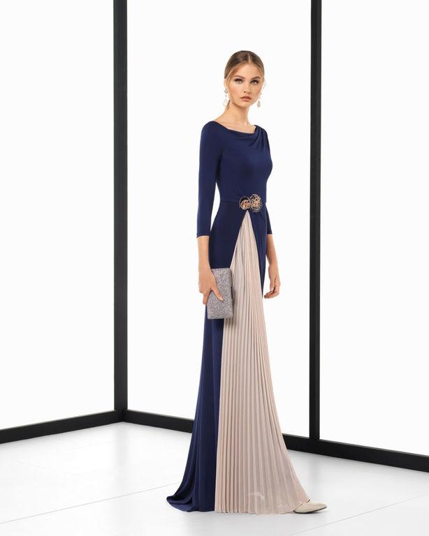 59407ae86 Vestidos de fiesta Rosa Clará Primavera Verano 2019 - ModaEllas.com