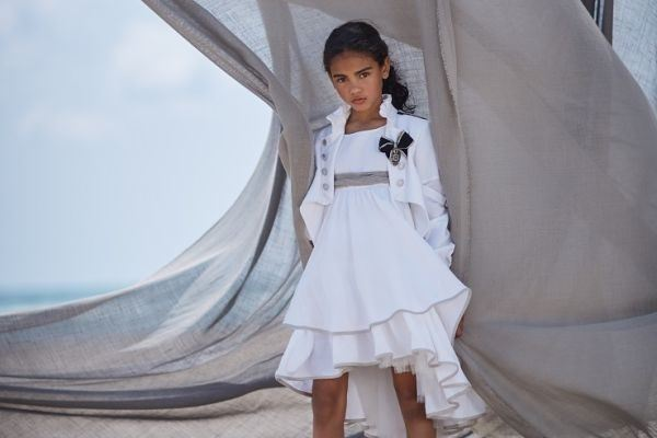 vestidos-de-comunion-para-ninas-modernos-adrina-hortensiamaeso
