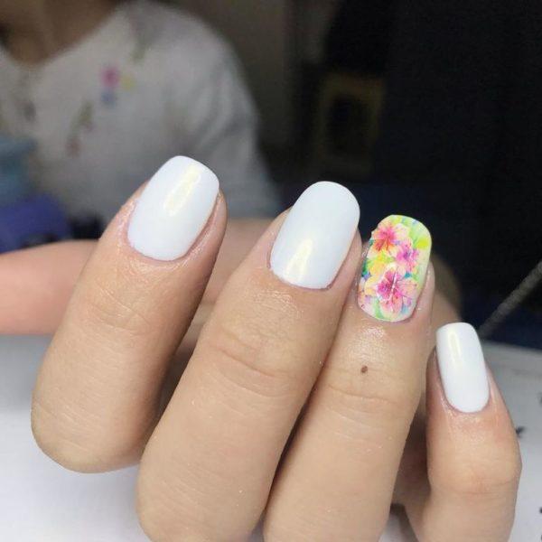 Flores En Unas Blancas Vernajoyce Blogs