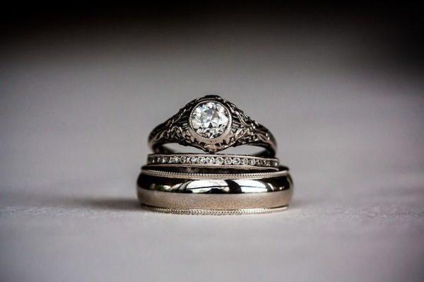 como-elegir-anillos-de-compromiso-para-hombres-y-mujeres3