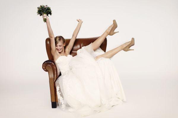 como-elegir-el-segundo-vestido-de-novia-istock5